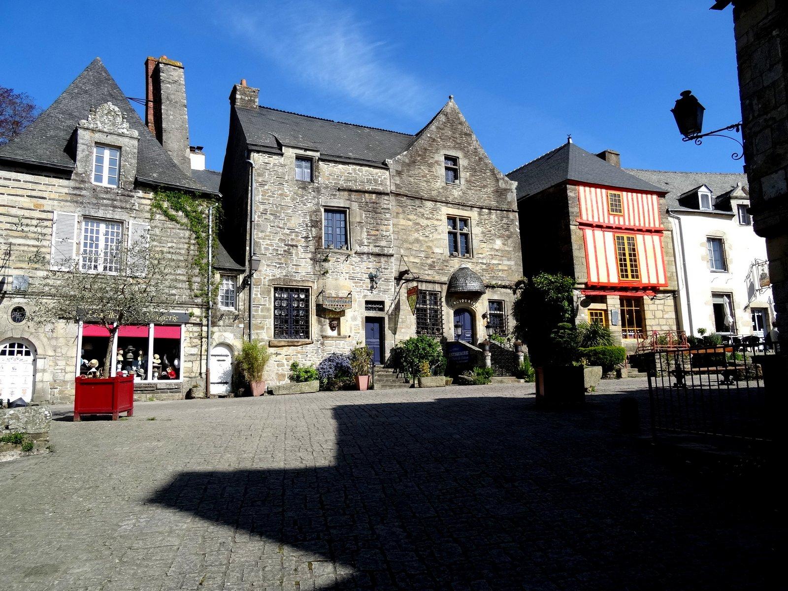 Arrivée à Rochefort en Terre